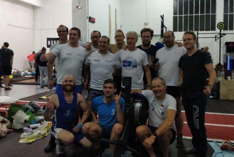 L'équipe du record du monde sur 24 heures en large team 20-29 avec 471 653 mètres
